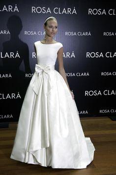 BODAS DE ALTA COSTURA: Exclusive Weddings en el #FittingRosaClará: 2014 Collection Dasha Kapustina