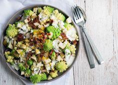 Romanesco salat med pære og syrlig dressing
