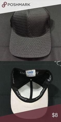 Lids flex fit Men's black Cap Lids Flex fit Men's black cap. Minor staining up lids, not noticeable while wearing. Lids Accessories Hats