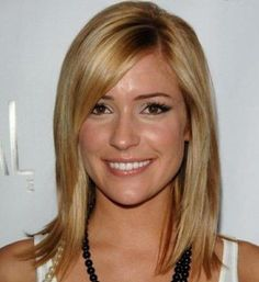 Stylish Medium Inverted Bob Hairstyles with Wispy Layers and Different Length Ends