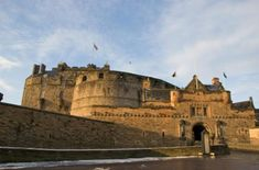 Edinburgh Rail Day Trip from London See the best of the Scottish capital on this independent day trip from London to Edinburgh. Travel by train through England's countryside and jump aboard your hop-on hop-off city tour in Edinburgh. Wander along the Royal Mile — a UNESCO World Heritage site — and marvel at the Scottish Crown Jewels inside Edinburgh Castle. Gaze up at the Scott Monument and visit the Scotch Whisky Heritage Center. With your rail travel, hop-on hop-off bus t...