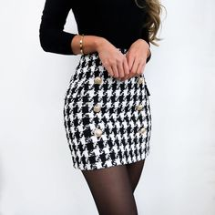 Lilli Hahnentritt-Rock - Fashion - Outfits 2019 Outfits casual Outfits for moms Outfits for school Outfits for teen girls Outfits for work Outfits with hats Outfits women Cute Fall Outfits, Girly Outfits, Mode Outfits, Office Outfits, Trendy Outfits, Chic Outfits, Summer Outfits, Skirt Outfits For Winter, Office Attire