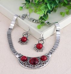 Chic Jewelry Sets with Round Imitate Turquoise Women Ladies Earring Chain Necklace