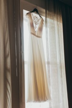 How To Find Your Perfect Wedding Dress / Glitter & Gingham Wedding / Ft. Reem Acra Bridal
