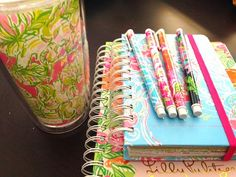 2014 - 2015 Lilly Pulitzer Agenda and tons of detailed photos!
