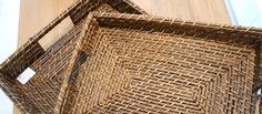 Já pensou em utilizar suas bandejas para decorar sua casa? http://www.bibeli.com.br/post-interna/bandejas-para-decorar