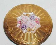 Vintage Carved Lucite Pink Rose Powder Compact