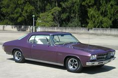 Holden Monaro LS 350 Coupe Australian Muscle Cars, Aussie Muscle Cars, Hq Holden, Holden Monaro, Holden Australia, 70s Cars, Custom Muscle Cars, Old School Cars, Racing Stripes