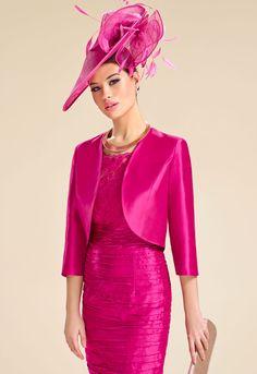 Donna Zeila 8906   GN Design Group DONNA ZEILA 8906  Conjunto vestido corto de madrina en shantung y encaje con chaqueta en shantung