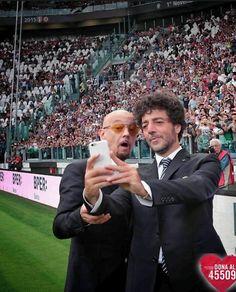 La partita del cuore 2015: Enrico Ruggeri e Max Gazzè selfie