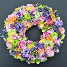 Wianek kwiatowy Nr 520