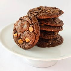 """Makes about nine 4"""" cookies (you'll yield more cookies if you make them smaller) 1 package (18.25 oz) Duncan Hines Devil's..."""