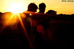 Dos en el atardecer Celestial, Sunset, Outdoor, Outdoors, Sunsets, Outdoor Games, Outdoor Life, The Sunset