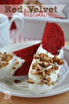 Great gift idea for Valentines Day~ Red Velvet Biscotti. Made with a box a cake mix, so it's easier than a typical homemade biscotti. They taste just like a biscotti should (don't bake them as long as directed, for a soft biscotti rather than crisp. Cookie Recipes, Dessert Recipes, Dessert Ideas, Just Desserts, Delicious Desserts, Yummy Food, Tea Cakes, Cupcakes, Gourmet