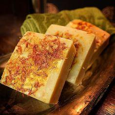 Honey safflower goat milk soap! www.lorasbeauty.com #lorasbeauty