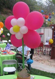 Frida's party centerpieces