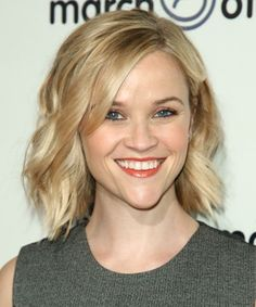 Reese Witherspoon Hairstyle - Short Wavy Casual - Light Blonde ...