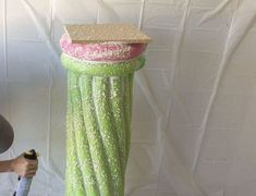 Upcycle Your Summer Pool Noodles Into A Crafty Faux Stone Column - DIY Gartendekor Dollar speichert Decor Crafts, Diy Home Decor, Pool Noodle Crafts, Concrete Forms, Concrete Stool, Stone Columns, Pool Noodles, Fun Noodles, Noodles Games