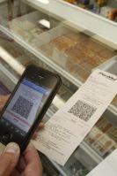 """Olá a todos, """"agora é a vez de o consumidor ter acesso ao documento fiscal eletrônico"""". Depois da Nota Fiscal do Varejo, chegou a hora de quem está do outro lado do balcão ter seu cupom de compras online. O documento oficial fica armazenado no site da Secretaria da Fazenda do Rio Grande do Sul Sefaz/RS).  A NFC-e é uma solução específica para o comprador, voltada ao consumidor final dos estabelecimentos comerciais. #Brasil #consumo #cidadania #RBVconsultoria"""
