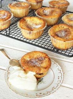 Kladdiga kanelbullemuffins No Bake Desserts, Delicious Desserts, Dessert Recipes, Swedish Recipes, Bakery Recipes, Dessert Drinks, No Bake Cake, Love Food, Sweet Treats