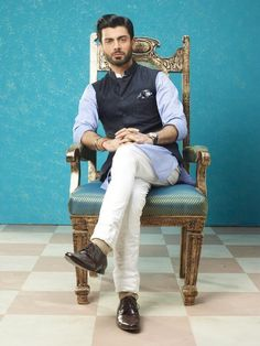 Fawad Khan's look from Khoobsurat released!