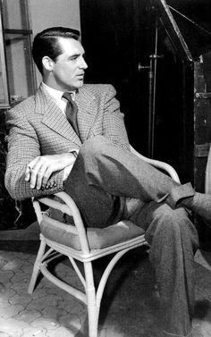 Cary Grant was such a gentlemen style dresser.