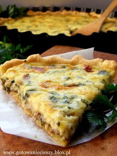 Tart with mushroom&leeks. I love this Polish recipe :) If you can get past the mistakes in the translation :) Ukrainian Recipes, Hungarian Recipes, Czech Recipes, Ethnic Recipes, Polish Recipes, Polish Food, Fall Dinner, Cheese Recipes, Vegetable Recipes