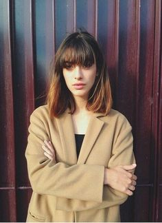 Vintage Hairstyles With Bangs Louise Follain hair Bob Hairstyles With Bangs, Pretty Hairstyles, Vintage Hairstyles, Haircuts, Medium Hair Styles, Short Hair Styles, Louise Follain, Ear Hair Trimmer, Hair Today