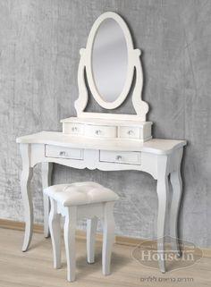 שולחן איפור טואלט עם מראה מעוצב בסגנון פרובנס לחדר ילדות ונערות, מעץ מלא. במבצע קיץ בהאוס אין