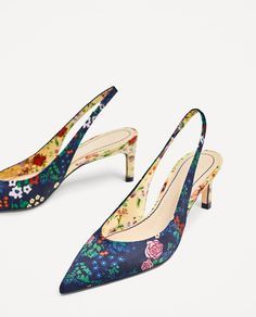 Slickback heels are a boon as they are both comfortable and sturdy. So, add a pair of these adorable and pretty heels to your shoe collection! Kitten Heel Shoes, Mid Heel Shoes, Pumps Heels, High Heels, Zara, Tom Ford Shoes, Chanel Shoes Flats, Pretty Heels, Valentino