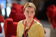 """VANNI on the big screen. In the Italian comedy """"La verità, vi spiego, sull'amore"""" glasses for the leading characters - Arisa wears mod. Comedy, Cinema, Characters, Glasses, Tv, How To Wear, Amor, Eyewear, Movies"""