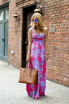 My absolute favorite maxi dress of all time. Still searching for this particular beauty ❤️Lilly Pulitzer Maxi Dress + of July Sales - Katie's Bliss Women's Summer Fashion, Fashion 2017, Fashion Outfits, Fashion Trends, Dress Fashion, Oscar Fashion, Fashion Hacks, Indie Fashion, Review Fashion