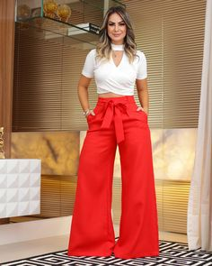Work Fashion, Asian Fashion, Fashion Pants, Hijab Fashion, Pretty Outfits, Beautiful Outfits, Office Wear Women Work Outfits, Wide Pants, Jumpsuit Outfit