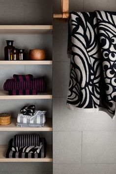 santina's penshurst, specialising in marimekko, glasshouse fragrances, taratata paris, scarves and bags Italy. Invest in quality design products and reap the reward for years to come.