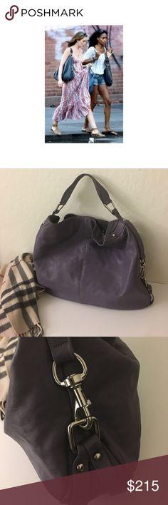 Rebecca Minkoff Nikki Hobo Bag Rebecca Minkoff Nikki Hobo Bag. Only used once. Good as new. Size: 16L x 13H Rebecca Minkoff Bags Hobos