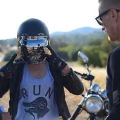 /// Biltwell bubble shield + RUN WILD moto tank top