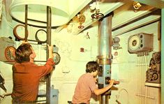 POSTCARD - CHICAGO - MUSEUM OF SCIENCE AND INDUSTRY - PERISCOPE ROOM - U-505 SUBMARINE - 1964