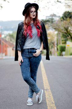 Meninices da Vida: Look Camila Rech: Jaqueta, jeans e tênis.