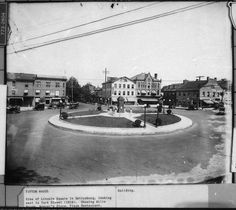 Gettysburg Square, with the David Wills house in the background, where Lincoln stayed in November, 1863 when he came to dedicate the National Soldiers Cemetery. Gettysburg Battlefield, Lincoln Square, York Street, American Civil War, Cemetery, Civilization, Sidewalk, Street View, David Wills