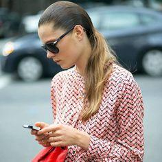 Social Media Can Actually Make You Feel Less Stressed  - HarpersBAZAAR.com