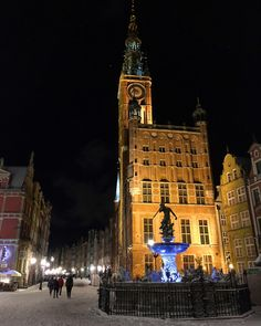 Gdańsk, a pearl by the Baltic Sea - Backpack Globetrotter Baltic Sea, Town Hall, Pomeranian, Old Town, Poland, Maine, Backpack, City, Old City