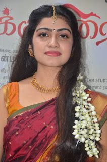 Latest Images of Sandikuthirai Audio Launch Stills Hot Gallery Beautiful Women Pictures, Popular Videos, Beauty Full Girl, Latest Images, Flowers In Hair, Audio, Daughter, Feminine, Product Launch