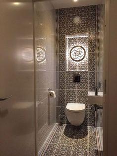 Impress Your Visitors with These 14 Cute Half-Bathroom Designs  #bathroomideas#b