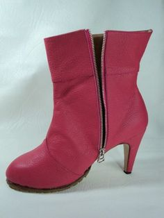 bota de mujer en cuero talle grande MARA RUTH CALZADOS ARTESANALES. http://mararuthcalzadosartesanales.blogspot.com.ar/