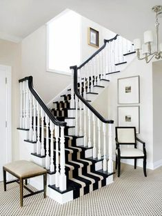 Most recent Absolutely Free white Carpet Stairs Concepts Stairs are the most frequent devote the home to possess carpet, and yet they are also the trickiest. Black And White Hallway, Black And White Carpet, Black Stairs, Yellow Carpet, Carpet Diy, Carpet Decor, Carpet Tiles, Outdoor Carpet, Curtains