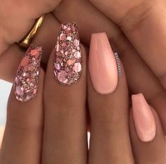 I really love these. nails uñas color salmón, uñas de gel, u Fancy Nails, Trendy Nails, Diy Nails, Cute Nails, Beautiful Nail Art, Gorgeous Nails, Spring Nails, Summer Nails, Diy Nail Designs