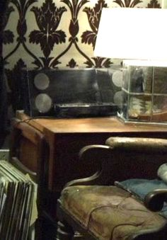 ISO what appears to be Sherlock's turntable with speakers...