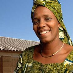 Rose Mapendo, UN Humanitarian of the Year Award. Read about at The Miracle Chase. Human Rights Activists, University Of Southern California, Republic Of The Congo, Change The World, Amazing Women, Feminine, African, Health Care, Care Organization