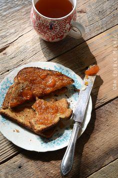 Vanilla-Scented Peach Jam
