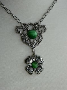 THE LUCKY CLOVER - shamrock, St. Patrick's Day, Irish necklace by Changing Seasons. $25.00, via Etsy.